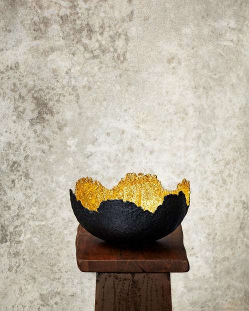 """Wavy""Black & Gold Paper Pulp Bowl"