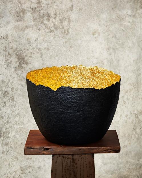 """""""Edge Cut""""Black & Gold Paper Pulp Pot"""
