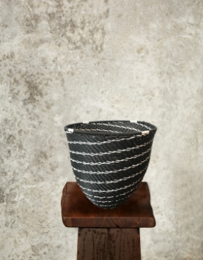 """Mini"" Black Wire Pot"