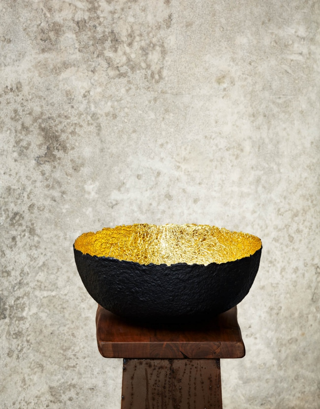 """Edge Cut""Black & Gold Paper Pulp Bowl"