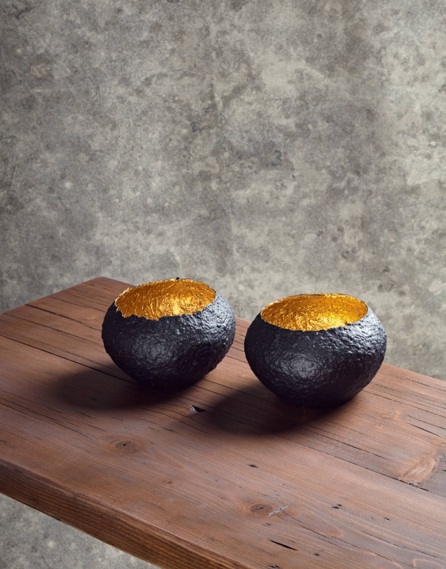 Black & Gold Paper Pot